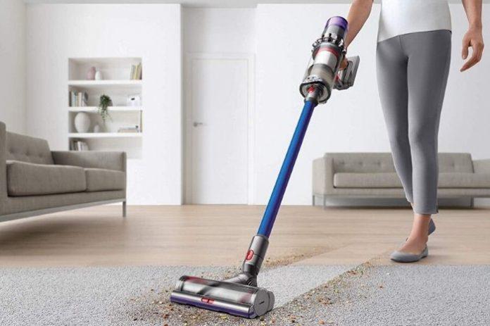 dyson-vacuum-cleaner-india