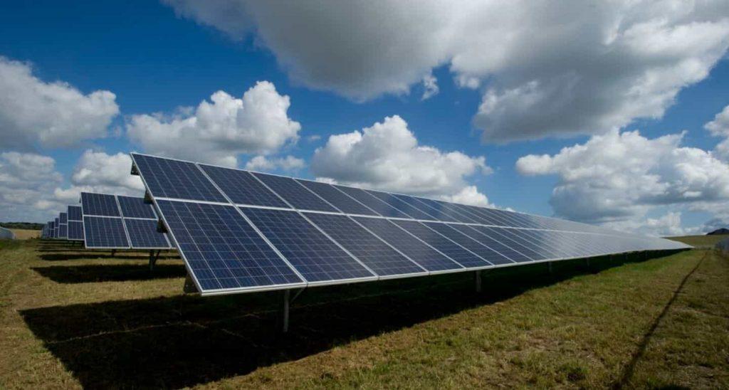 Top-Solar-panels-india