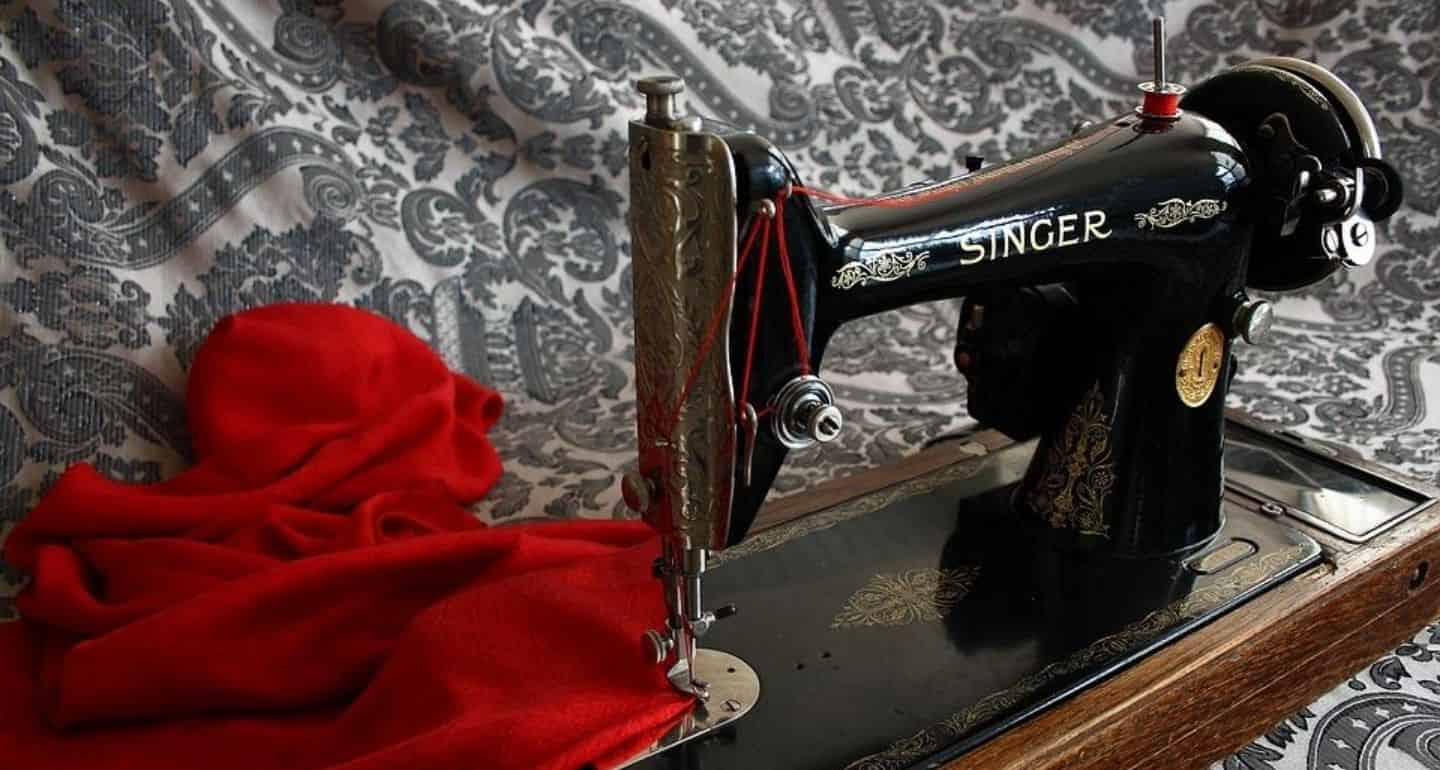 buy-best-sewing-machines-india